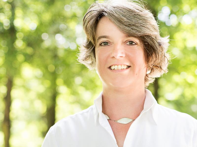 Kirsten George