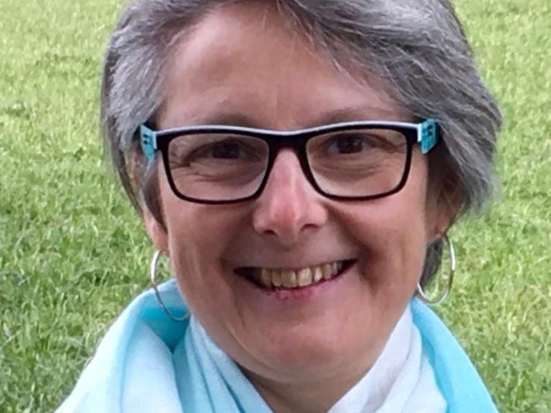 Frau Karin Eichenberger