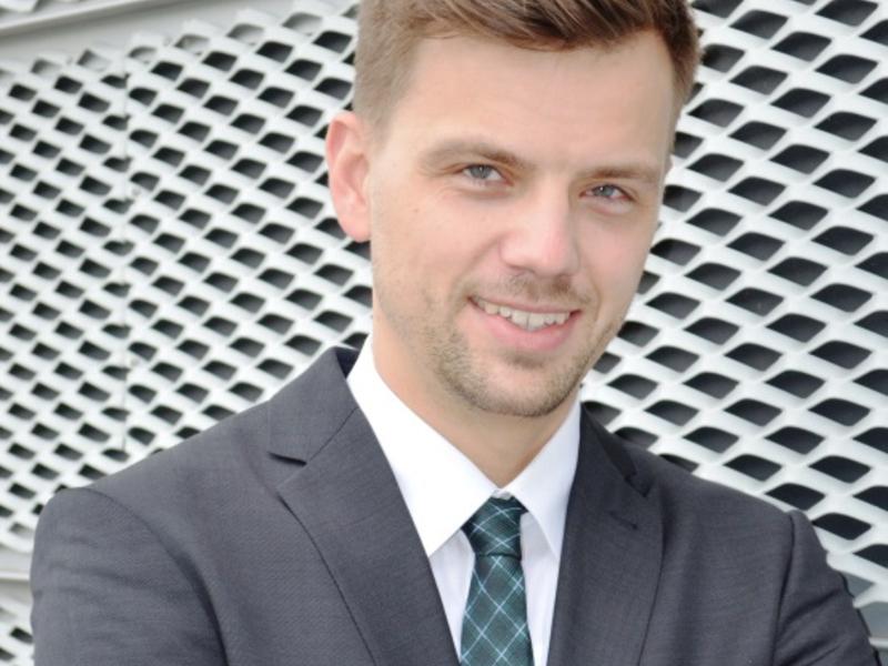 Dr. Niels Eichhorn